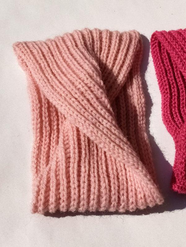 Headband, accessoire de coiffure crée par Charlotte Tricote.
