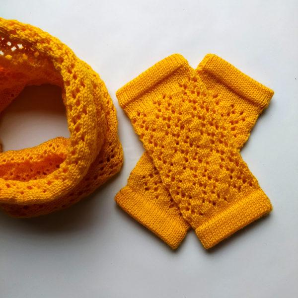 Mitaines originales, taille unique, inventé par Charlotte Tricote.