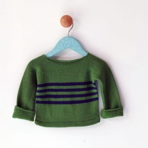 pull enfant 6 mois vert-bleu manches longues, tricoté par charlotte tricote.