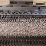 motif sur machine à tricoter